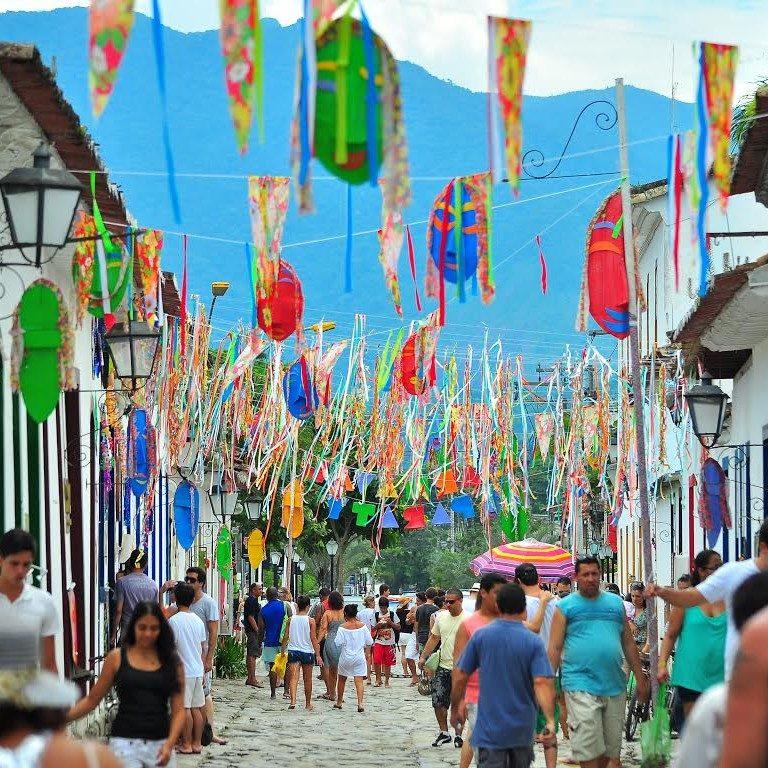 10 destinos para viajar de carro neste carnaval