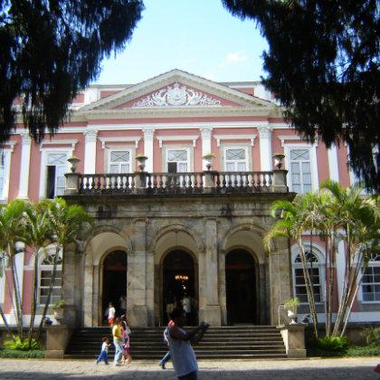 SQUARED IMAGE - Museu_Imperial_Petrópolis_2