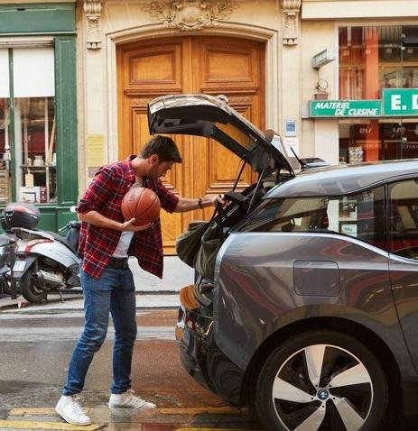 Nicht alles passt in den Kofferraum – eine Mitfahrgelegenheit mit Fahrradträger