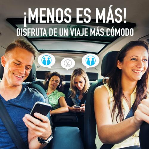 """Disponible en BlaBlaCar """"máximo dos pasajeros atrás"""""""