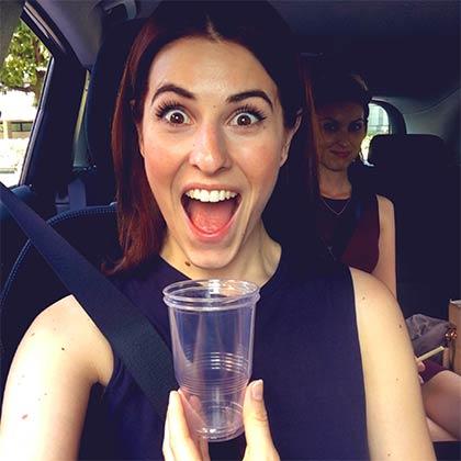 Traffico ad agosto? Diana Del Bufalo lo passa cantando in BlaBlaCar!