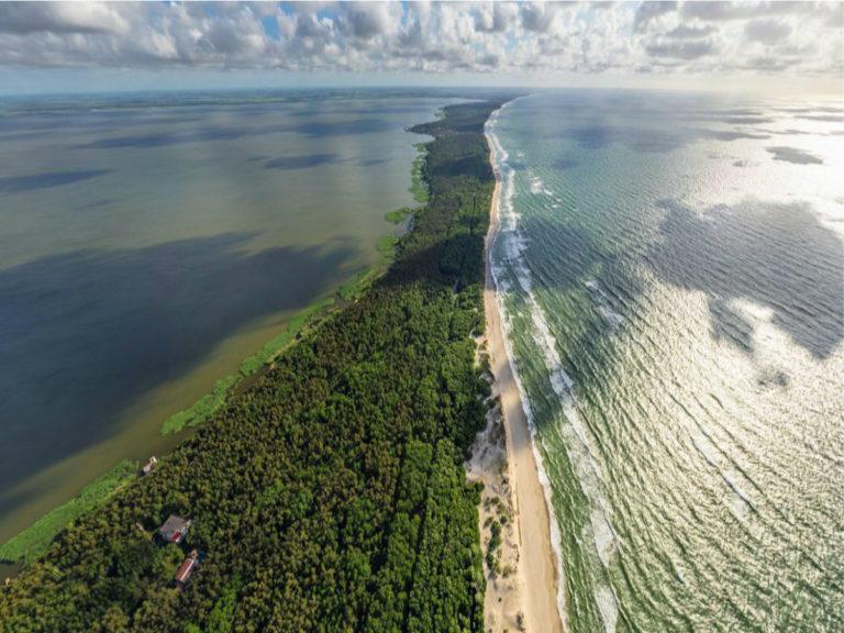 Топ-5 лучших мест отдыха у воды в России (кроме черноморского побережья)